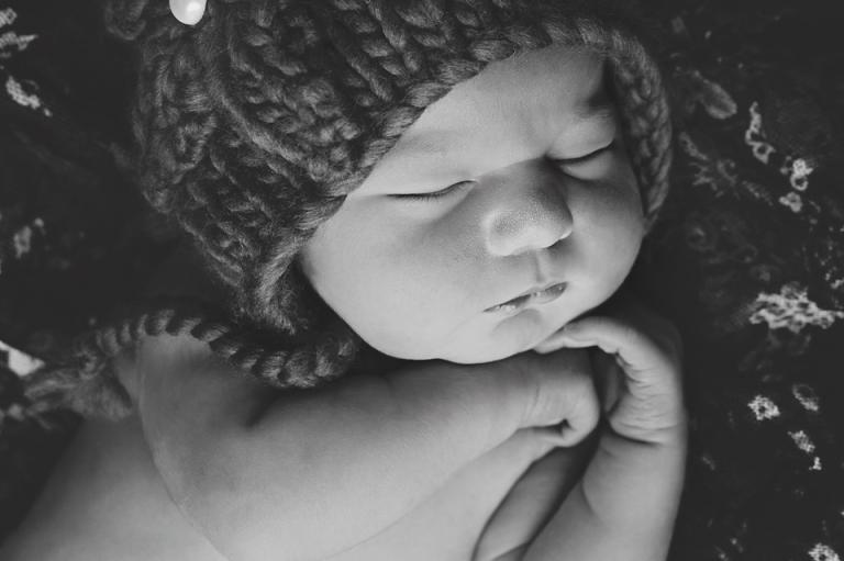 lorna-knightingale-photography-newborn-baby-girl-cardiff-5