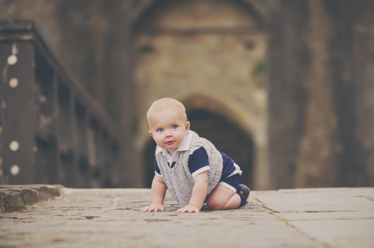 baby-photography-caerphilly-castle