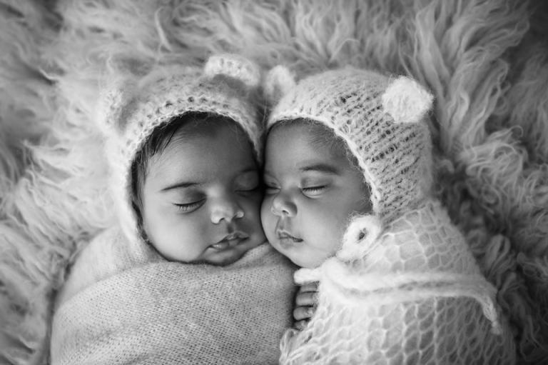 baby-twin-babies-newborn-photographer