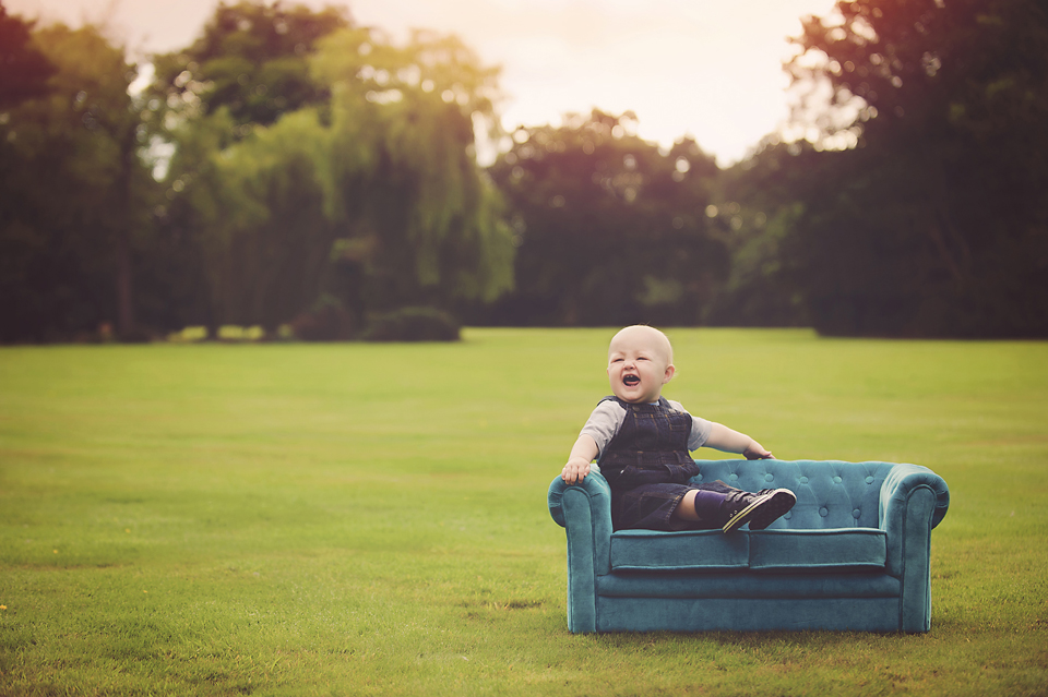one-baby-boy-photographer-lorna-knightingale-inglewood-manor