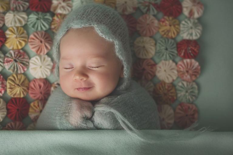 lorna-knightingale-photographer-newborn-baby-girls