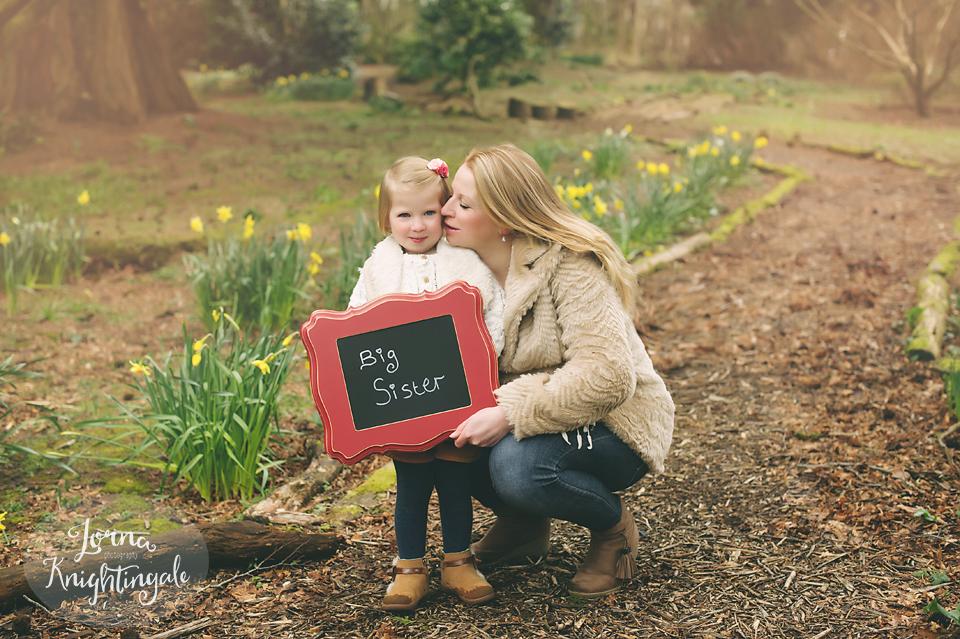 maternity-pregnancy-family-photo-shoot-miskin-south-wales-the-vale-lorna-knightingale8