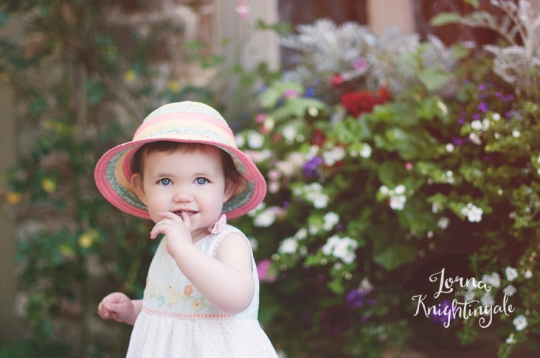 15-months-old-little-girl-photography-cardiff-lorna-knightingale-1