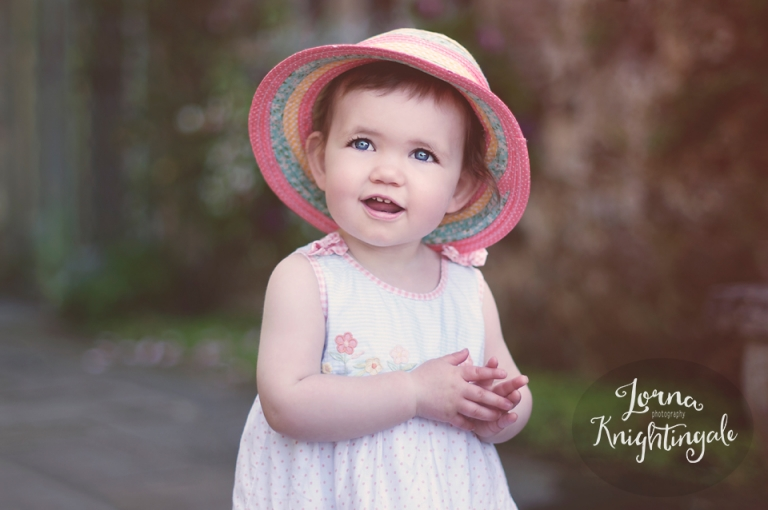 15-months-old-little-girl-photography-cardiff-lorna-knightingale-6